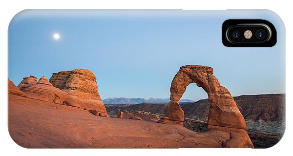 American Indian iPhone Case - Delicate Arch During Sunset In Utah by Victor Maschek