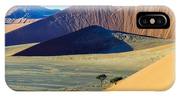 Heat iPhone Case - Dunes In Sossusvlei Plato Of Namib by Vadim Petrakov