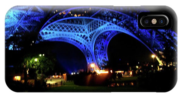 IPhone Case featuring the photograph Eiffel Tower by Edward Lee
