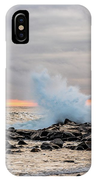 Explosive Sea 3 IPhone Case