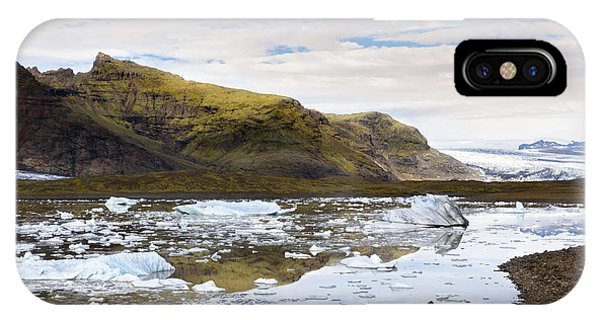 Powerboat iPhone Case - Fjallsarlon Glacier Lagoon #2 by RicardMN Photography
