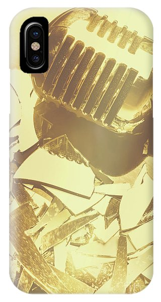Concert iPhone Case - Floorshow by Jorgo Photography - Wall Art Gallery