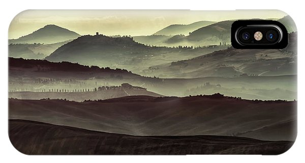 iPhone Case - Foggy Early Morning In Toscany by Jaroslaw Blaminsky