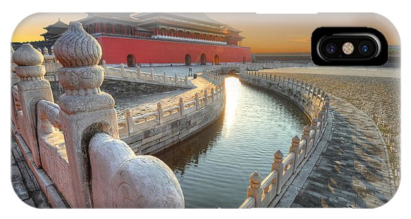Forbidden City iPhone Case - Forbidden City In China During Sunset by Hung Chung Chih