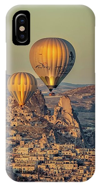 IPhone Case featuring the photograph Golden Hour Balloons by Francisco Gomez