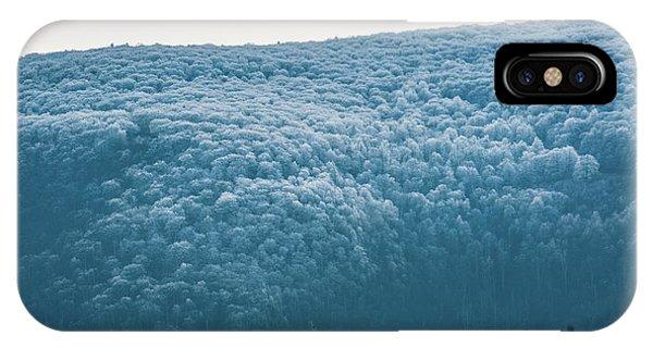 Hoarfrost Blue Mountain IPhone Case