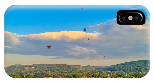 Hot Air Ballon Cluster IPhone Case