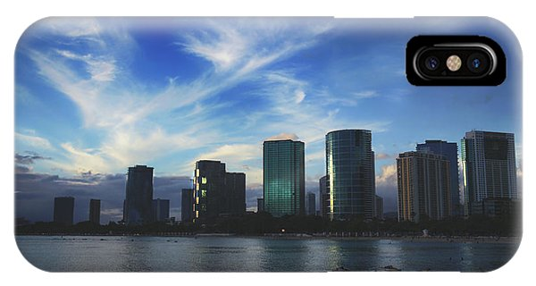Oahu Hawaii iPhone Case - I Gently Let It Go by Laurie Search