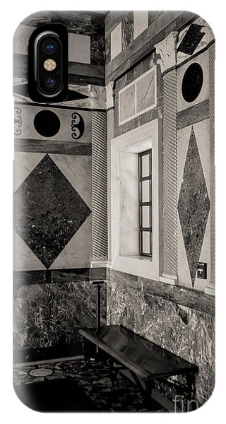 J Paul Getty iPhone Case - Interior Bw Getty Villa by Chuck Kuhn