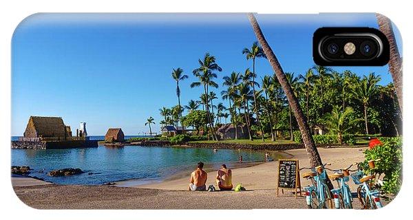 Kamakahonu Beach IPhone Case