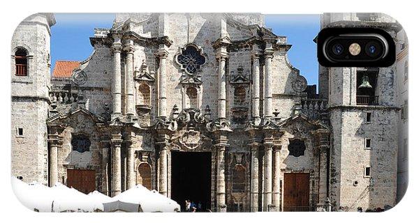 Dome iPhone Case - La Habana - Cuba by Michelepautasso