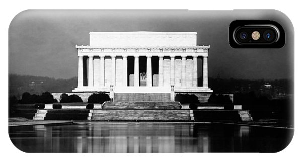 Lincoln Memorial iPhone Case - Lincoln Memorial And Reflecting Pool - 1923 by War Is Hell Store