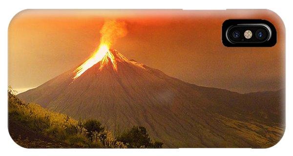 Heat iPhone Case - Long Exposure Of Tungurahua Volcano by Ammit Jack