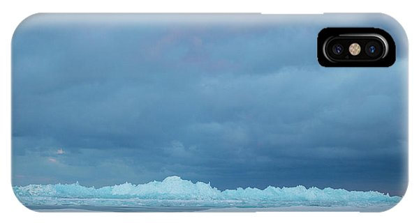 Mackinaw City Ice Formations 21618012 IPhone Case