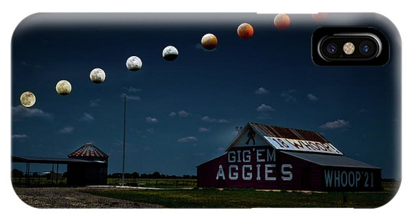 Aggie iPhone Case - Magic In The Texas Skies by Linda Unger