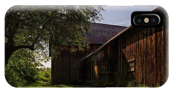 iPhone Case - Miller Barn 1 by Heather Kenward