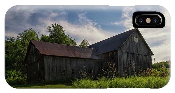 iPhone Case - Miller Barn 5 by Heather Kenward