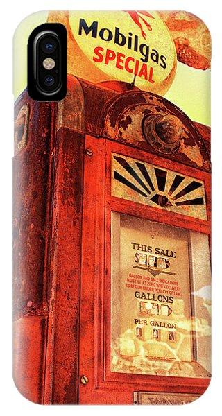 Mobilgas Special - Vintage Wayne Pump IPhone Case
