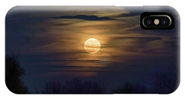 IPhone Case featuring the photograph Moonrise by Allin Sorenson