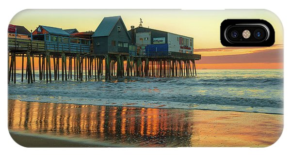 Orchard Beach iPhone Case - Morning Reflections Old Orchard Beach by Dan Sproul