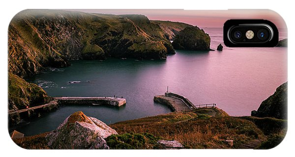 Mullion Cove Sunset - Cornwall General View IPhone Case