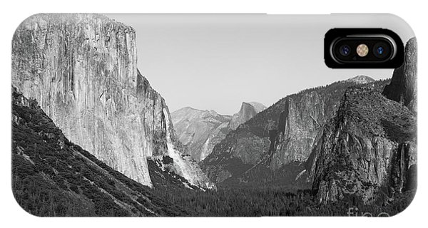 Nature At Its Best - Black-white IPhone Case