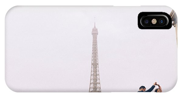 Newly-wed Couple On Their Honeymoon In Paris, Loving Having A Date Near The Eiffel Tower IPhone Case