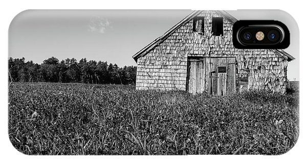 New England Barn iPhone Case - Old Barn Andover New Hampshire Black And White by Edward Fielding