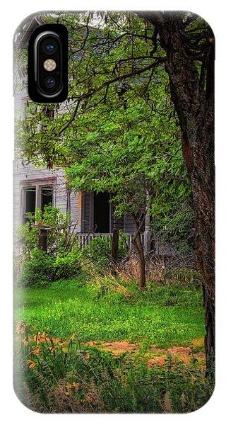 Old Farmhouse IPhone Case