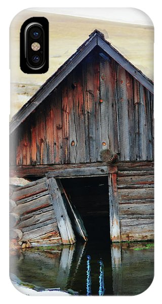 Old Well House #2 IPhone Case