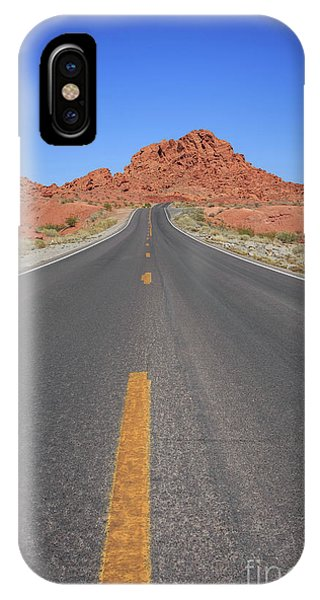 Valley Of Fire iPhone Case - Open Road Valley Of Fire by Edward Fielding