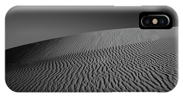 Dunes iPhone Case - Perry Sandhills Black And White by Ivan Krpan