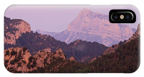 Pink Skies And Alpen Glow In The Anisclo Canyon IPhone Case