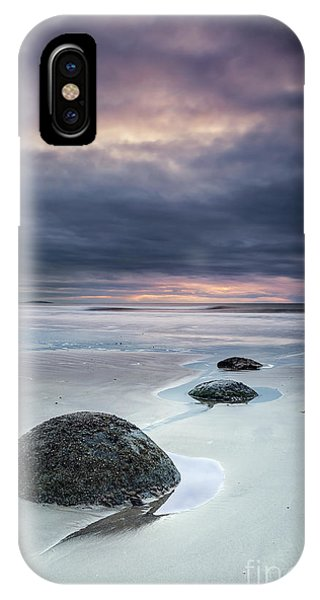 South Pacific Ocean iPhone Case - Run With The Tide by Evelina Kremsdorf