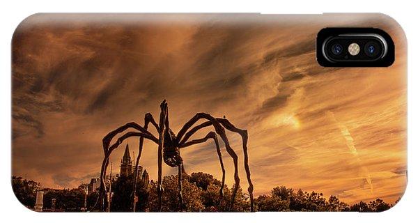 Spider Maman - Ottawa IPhone Case