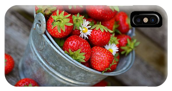 Strawberries And Daisies IPhone Case
