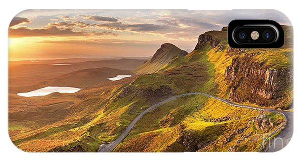 Isle Of Skye iPhone Case - Sunrise Over The Quiraing On The Isle by Sara Winter