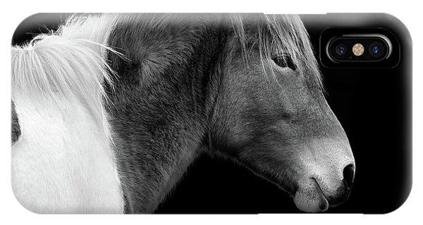 Susi Sole Portrait In Black And White IPhone Case