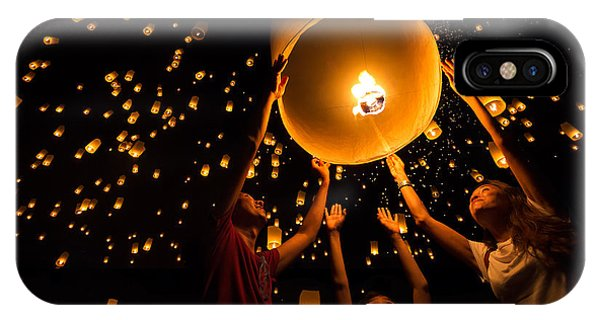 Thais Family Release Sky Lanterns To Phone Case by Patrick Foto