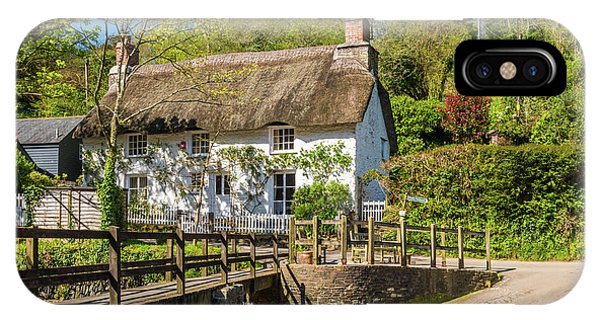Thatched Cottage In Helford, Cornwall Phone Case by David Ross