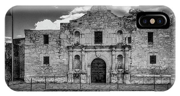 The Alamo iPhone Case - The Alamo In Black And White by Garry Gay