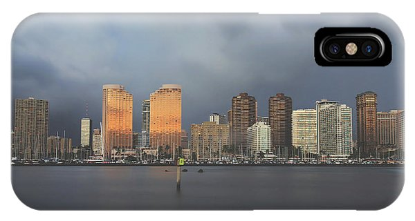 Oahu Hawaii iPhone Case - The Evening Before by Laurie Search