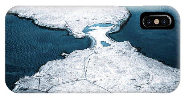 Desolation iPhone Case - The Land Of Solitude by Evelina Kremsdorf