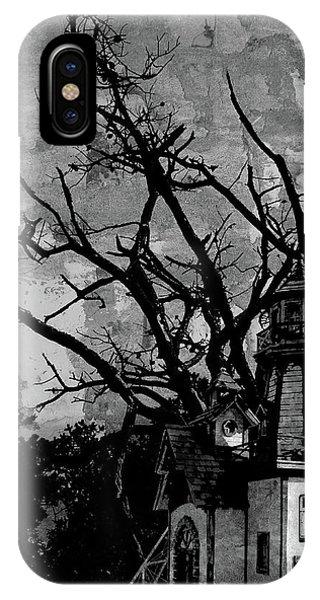 Treehouse I IPhone Case