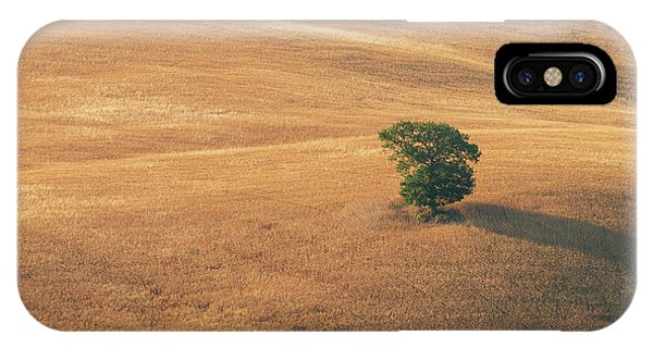 IPhone Case featuring the photograph Tuscany by Mirko Chessari