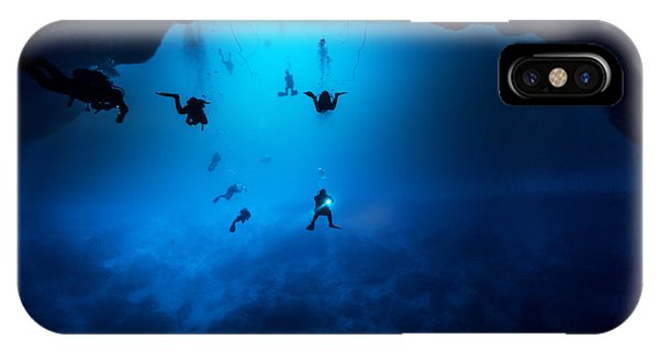 Hobby iPhone Case - Underwater World by Hoiseung Jung