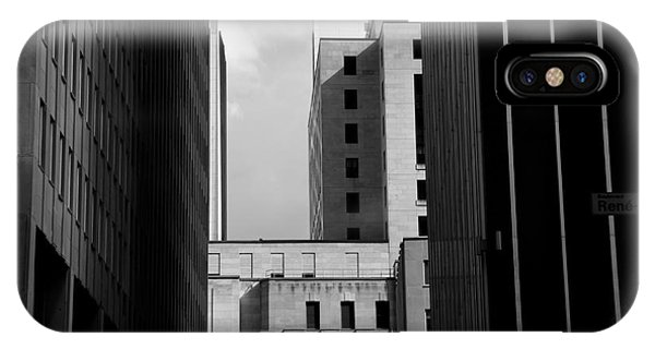 Quebec City iPhone Case - Windows, Montreal, Quebec, Canada by Maxi kore