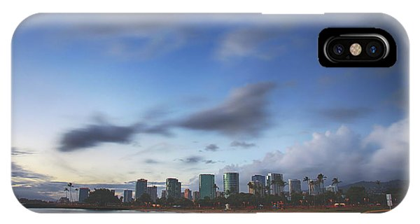 Oahu Hawaii iPhone Case - You've Got That Certain Something by Laurie Search