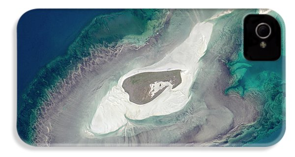 Adele Island IPhone 4 / 4s Case by Nasa