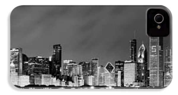 Chicago Skyline At Night In Black And White IPhone 4 Case